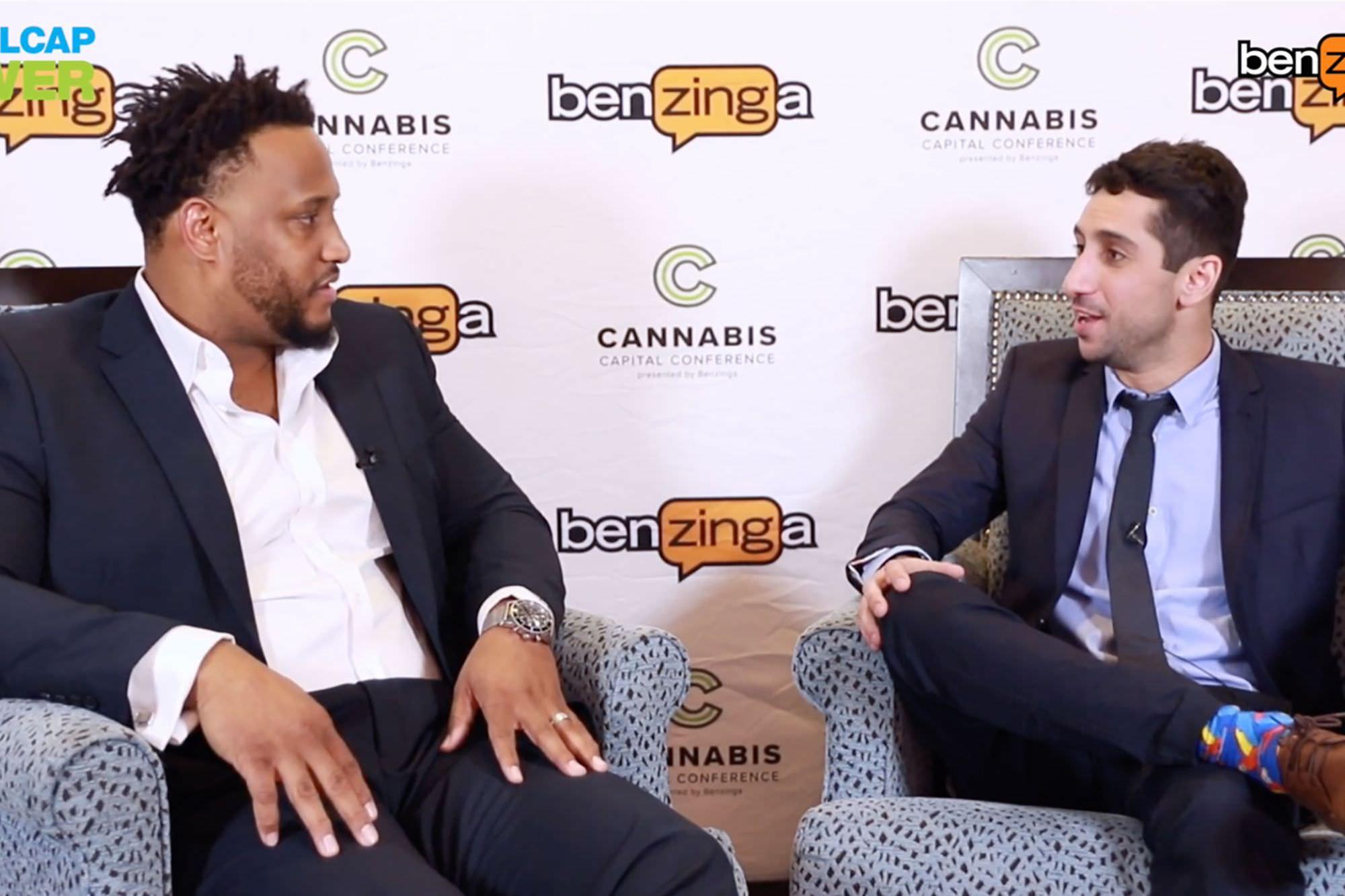 Calvin Johnson da NFL e Rob Sims falam sobre a Cannabis: é 'um presente dado por Deus'