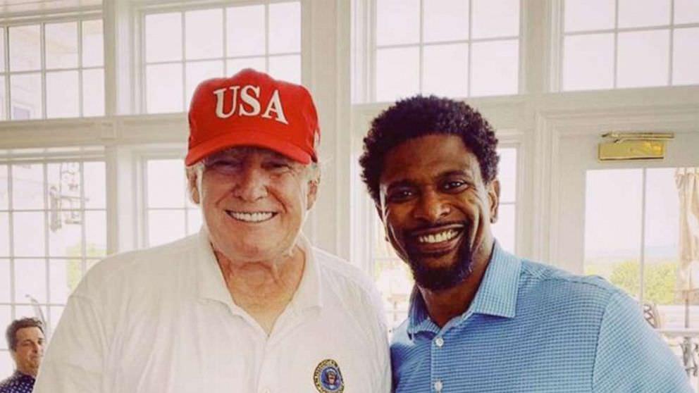 Trump se reuniu com o jogador aposentado da NFL para discutir 'América Negra'