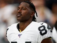 Antonio Brown arquivando segunda queixa de capacete vs. NFL