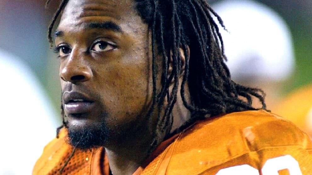 Ex-NFL correndo de volta, a estrela da Universidade do Texas morre aos 36 anos
