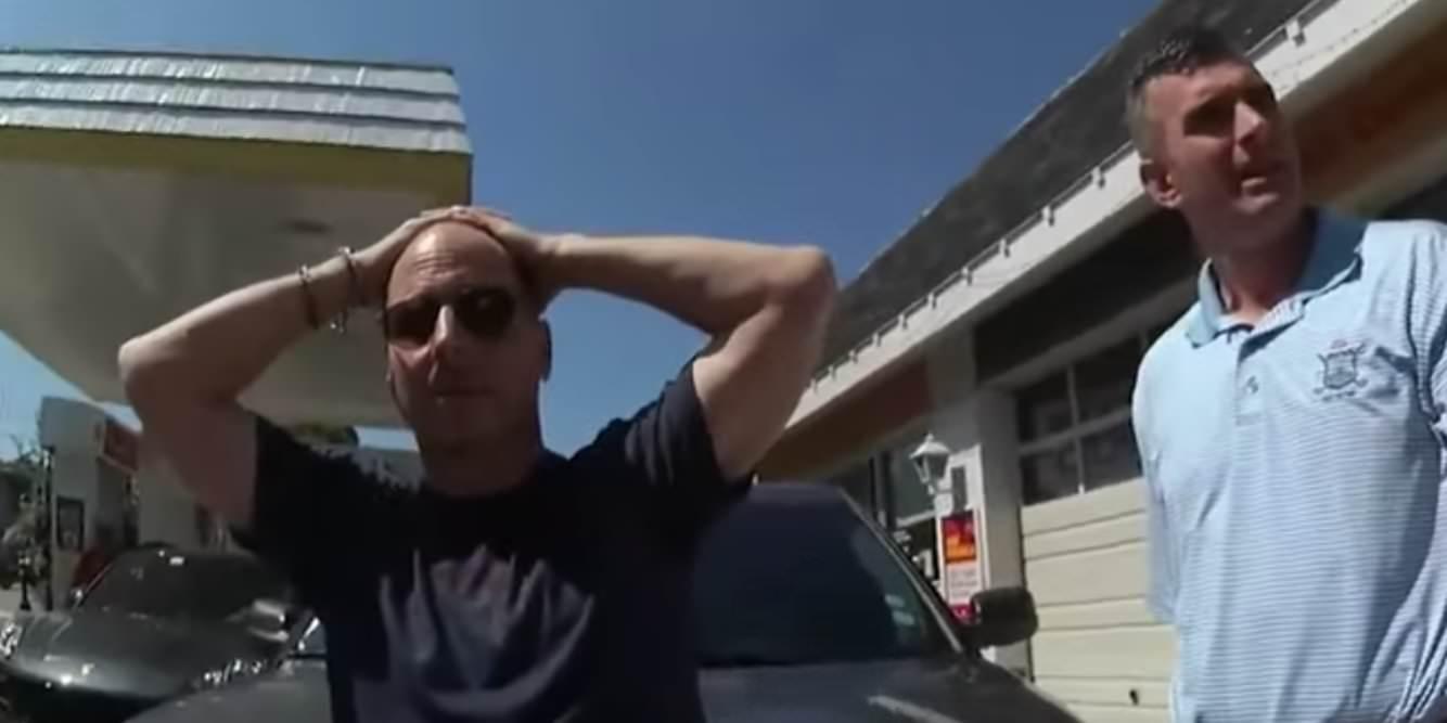 Policiais puxaram armas contra o GM dos Yankees, Brian Cashman, quando acreditaram erroneamente que ele estava dirigindo um carro roubado