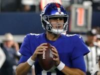 Banco de gigantes Eli Manning; QB Daniel Jones para começar