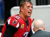 Falcons QB Matt Ryan sofre lesão no tornozelo em perda