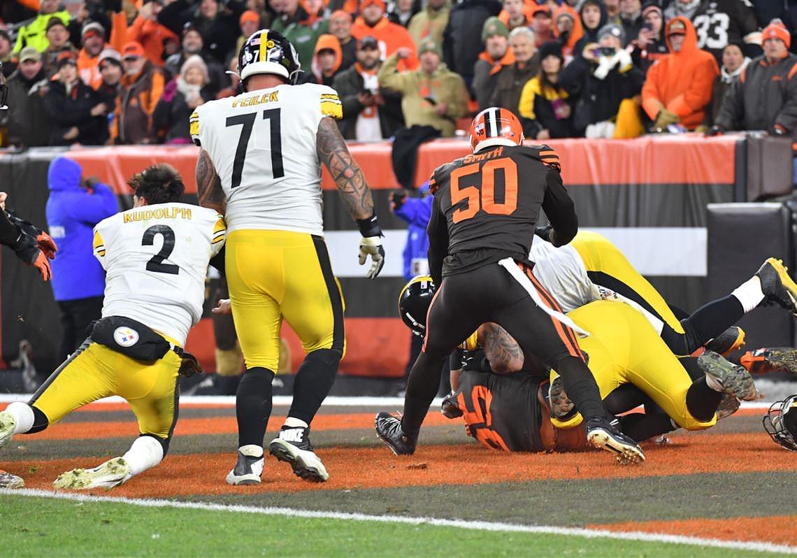 Joe Starkey: NFL deve suspender Myles Garrett pelo resto da temporada – Pittsburgh Post-Gazette