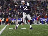 Brady não pensa em possível jogo final com Pats