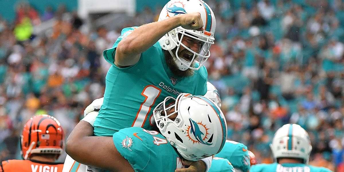 Christian Wilkins, jogador de linha defensivo novato, pontua um touchdown grandioso para Dolphins