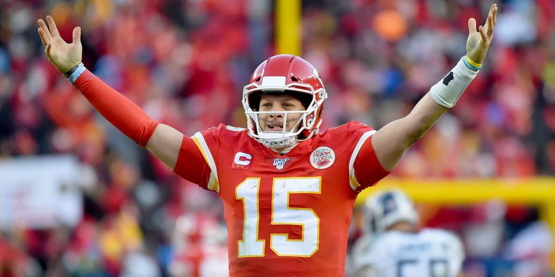 Os Chiefs estão se preparando para o próximo contrato de Patrick Mahomes por 2 anos, e será diferente de tudo que a NFL já viu