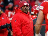 Colorado deve entrar em contato com o Chiefs OC Eric Bieniemy