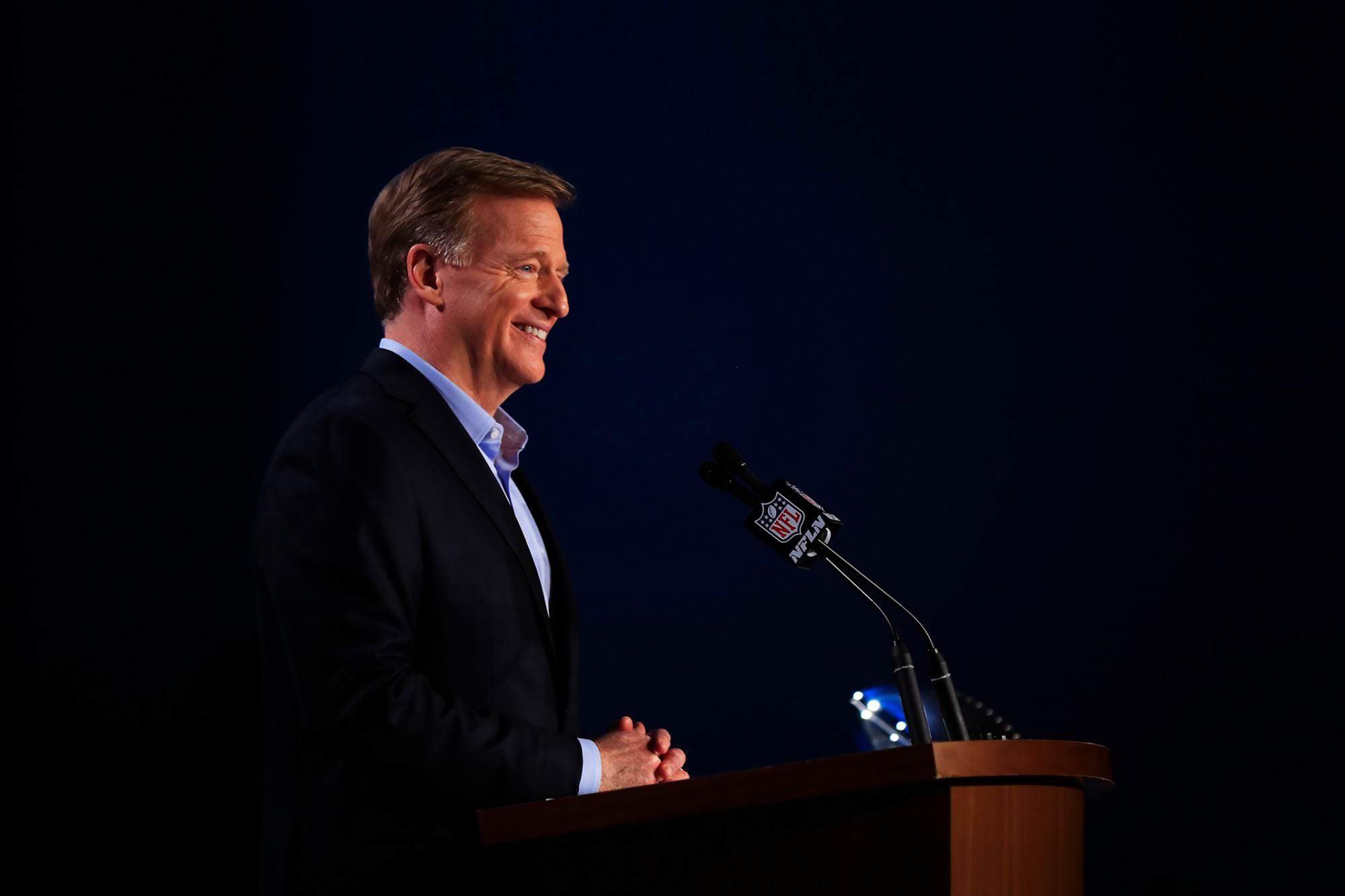 Lições sobre Calor na Liderança do Comissário da NFL Roger Goodell