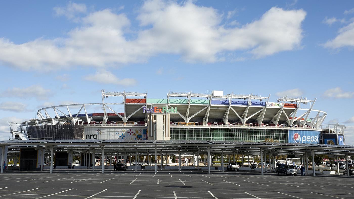 A FedEx, patrocinadora da equipe da NFL de Washington, solicita formalmente a alteração do nome da equipe
