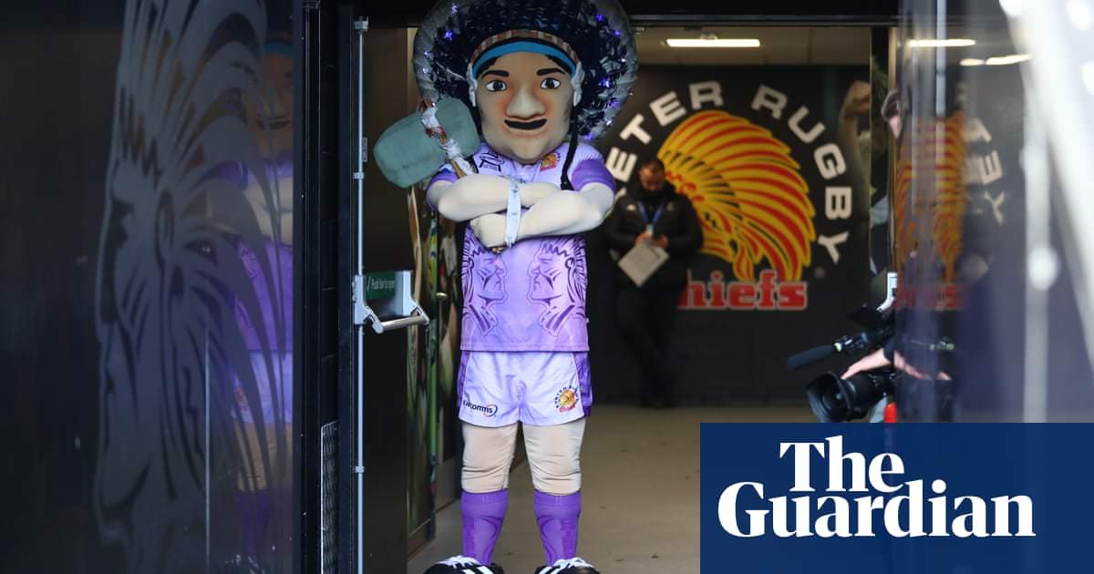 Exeter Chiefs para discutir a entrega de crachá e mascote nativo americano