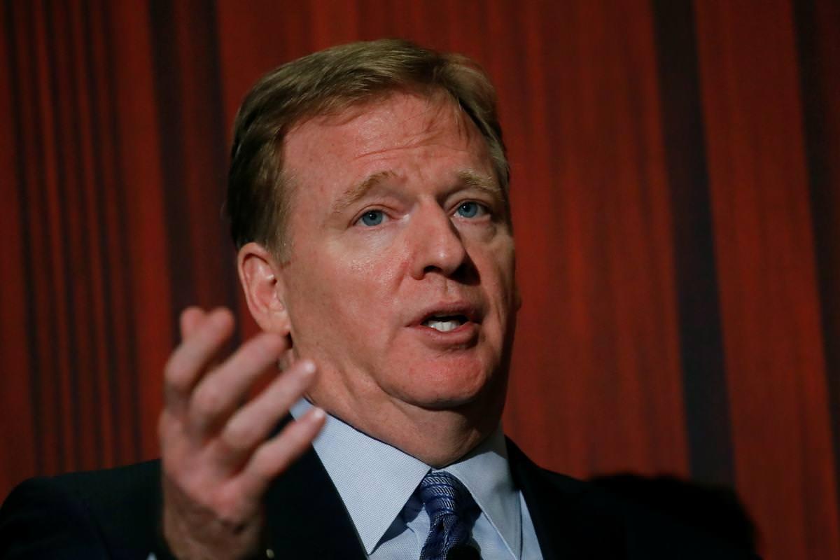 NFL: COVID-19 continua sendo 'grande desafio' enquanto os campos se preparam para abrir, disse o comissário – Reuters