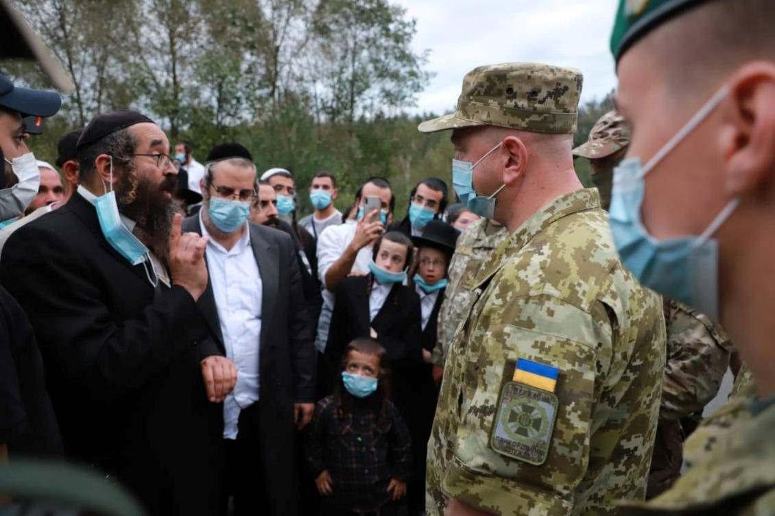 Bielo-Rússia inflama o impasse entre peregrinos judeus, diz Ucrânia