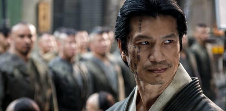 Dustin Nguyen do Warrior está promovendo o legado de Bruce Lee fora das telas também