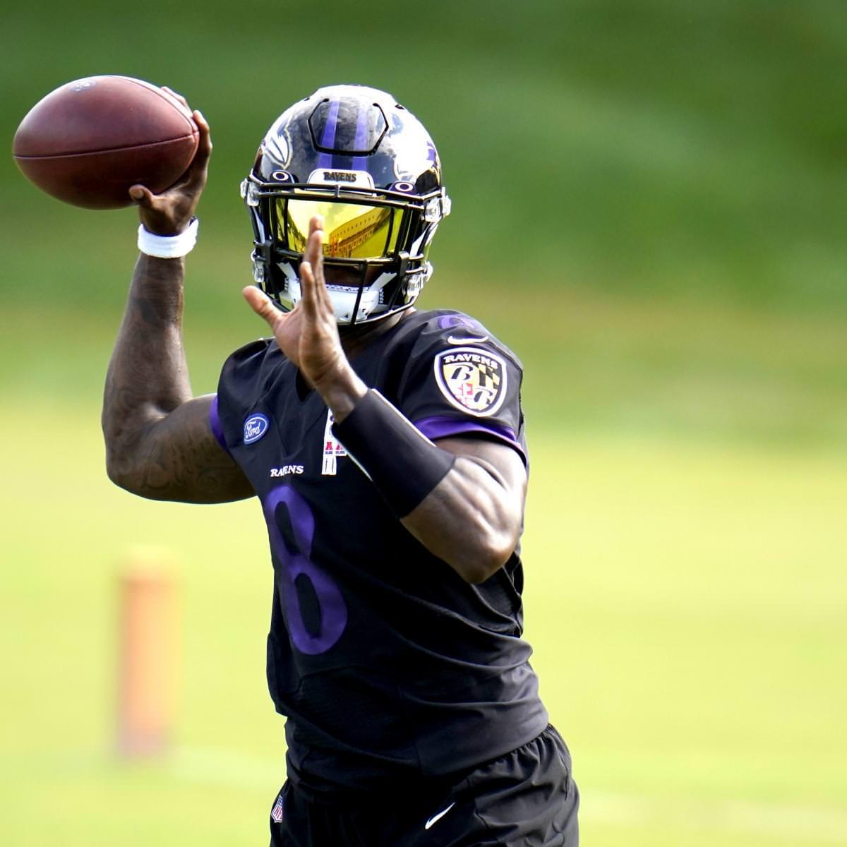 Lamar Jackson dos Ravens perde a 2ª prática consecutiva com lesão no joelho, doença