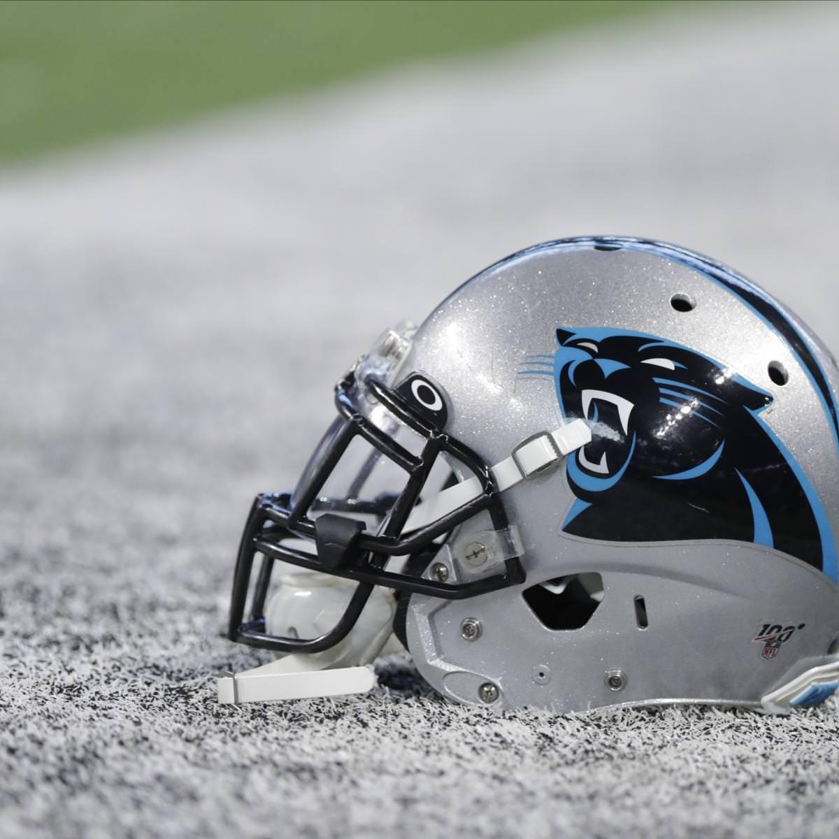 Panthers entram no protocolo intensivo da NFL após o jogador Falcons atingir a lista COVID-19
