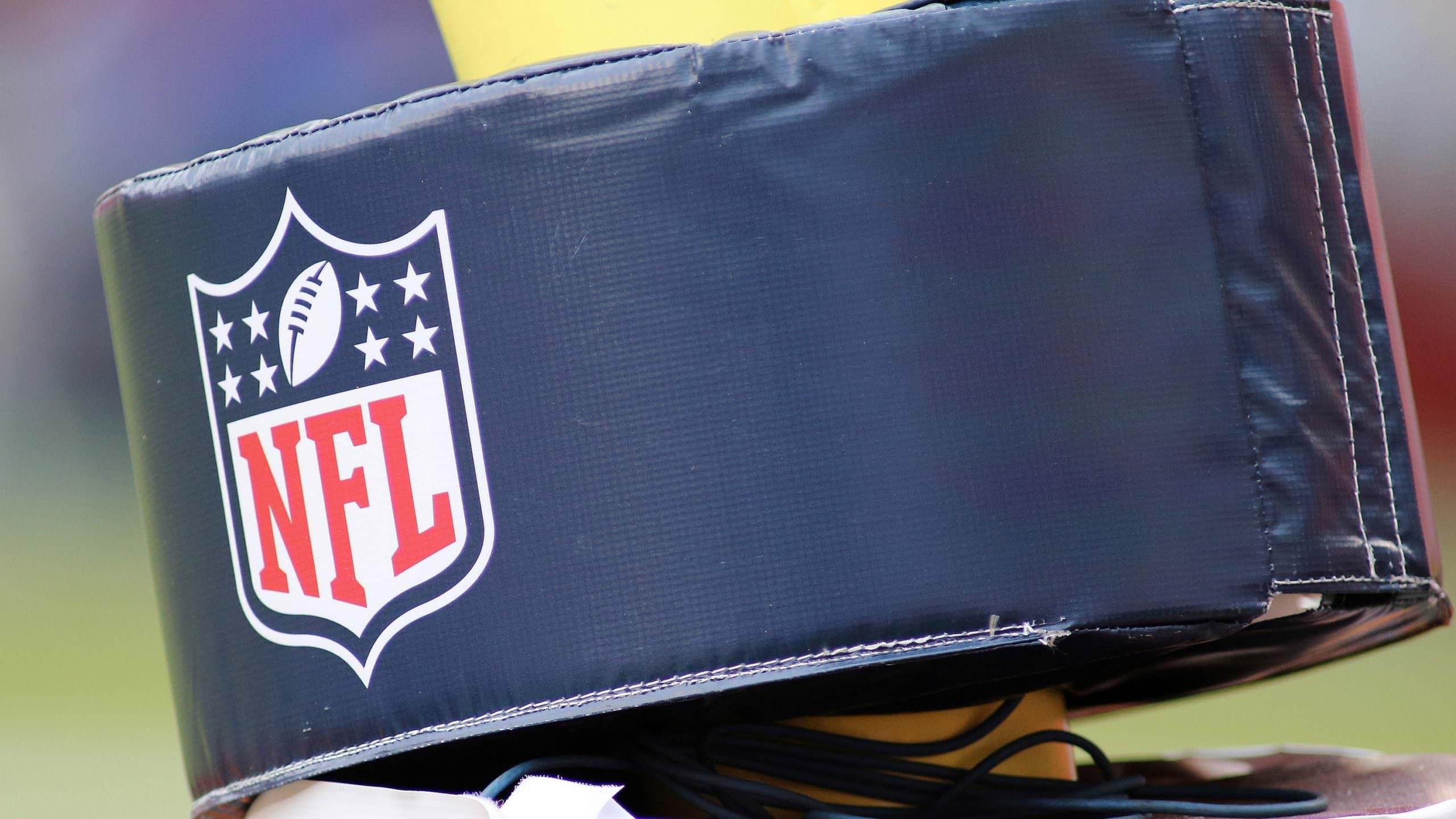 Diretor médico da NFL: ambiente de bolha de playoff não é o 'curso de ação mais seguro' para evitar COVID-19