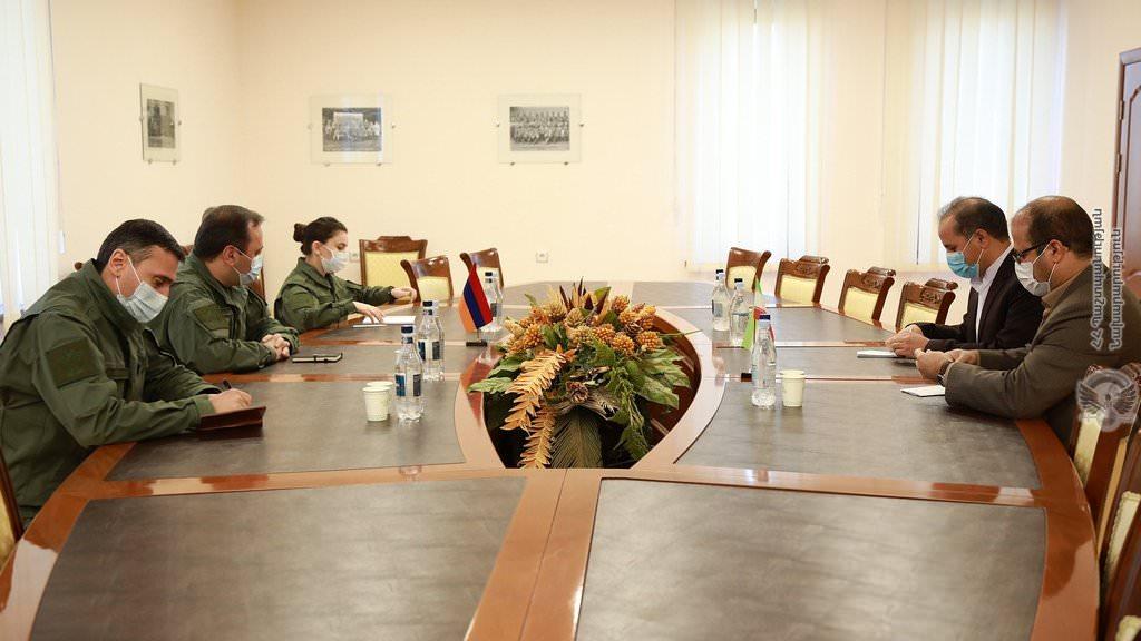 Armênia quer ajuda do Irã, Azerbaijão diz que EUA, Rússia e França não estão fazendo o suficiente para acabar com o conflito